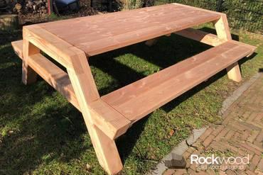https://afbeelding.rockwoodpicknicktafels.nl/images/outdoor/200/Rockwood_Picknicktafel_Picknicktafel_Douglas_Bigfoot-1_klein.jpg