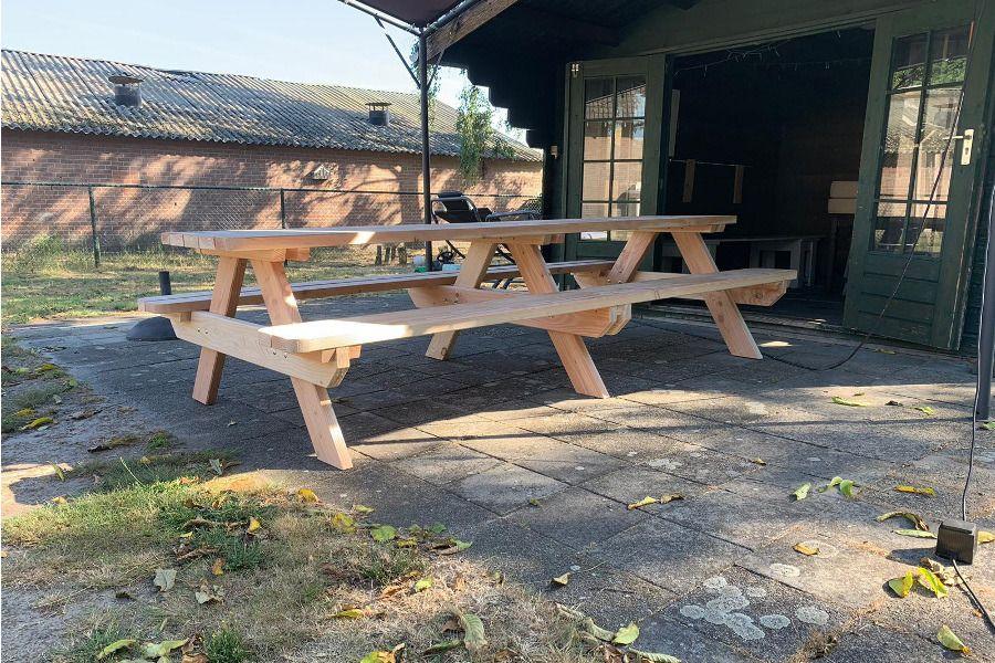 https://afbeelding.rockwoodpicknicktafels.nl/images/outdoor/2150/PicknicktafelDandy5.jpg