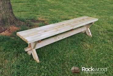 https://afbeelding.rockwoodpicknicktafels.nl/images/outdoor/520220-VMBO/Rockwood_Tuinsets_Verhuur_Tuintafel_Nostalgie_Massief-Grenen-1_klein.jpg