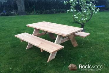 https://afbeelding.rockwoodpicknicktafels.nl/images/outdoor/800D/Rockwood_Picknicktafel_Picknicktafel_Douglas-3_klein.jpg