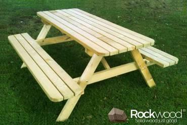 https://afbeelding.rockwoodpicknicktafels.nl/images/outdoor/820/Rockwood_Picknicktafel_Picknicktafel_Massief_Grenen-1_klein.jpg