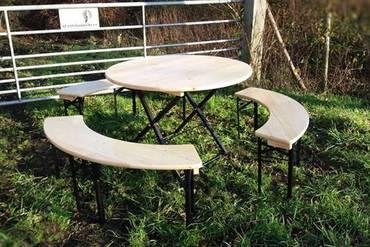 https://afbeelding.rockwoodpicknicktafels.nl/images/outdoor/BTROND-BBROND-BBROND-BBROND/Rockwood_Biersets_Bierset_Arthur_Rond-1_klein.jpg