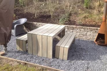 https://afbeelding.rockwoodpicknicktafels.nl/images/outdoor/TST/Rockwood_Tuinsets_Tuinset_Toulouse-2_klein.jpg